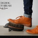 靴底ブラシ。HEDGHOG FOOT BRUSH / Goody Grams