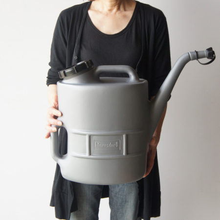 オイル容器兼ジョウロ。Oil Can 13L With Sieve /  HUNERSDORFF